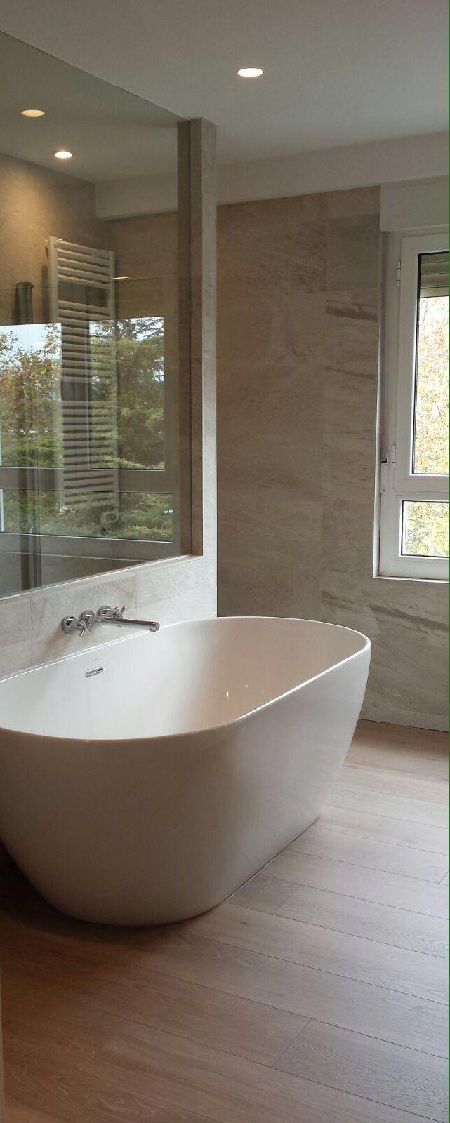 Instalación en un piso de Vitoria, realizada por Acqua Terra, Bañera modelo Trento de Sanycces.