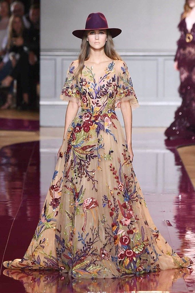 Well-known for his breathtaking gowns, Zuhair Murad went with a hippie chic line-up for his Haute Couture Fall/Winter 2016 collection!