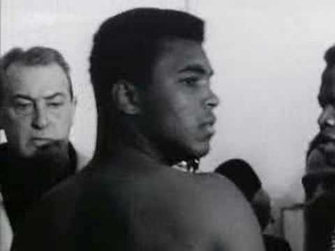 """21 of Muhammad Ali's Best Quotes: 'Don't Count the Days; Make the Days Count' 1942-2016 Muhammad Ali """"The Greatest"""" RIP"""