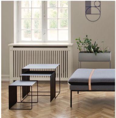 Ferm Living Cluster Tables zwart  SHOP ONLINE: http://www.purelifestyle.be/shop/view/home-living/bijzettafeltjes/ferm-living-cluster-tables-zwart