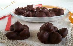 #gialloblogs #ricetta #foodporn #natale #natalealsud #enyoy Mandorle ricoperte di cioccolato | In cucina con Mire