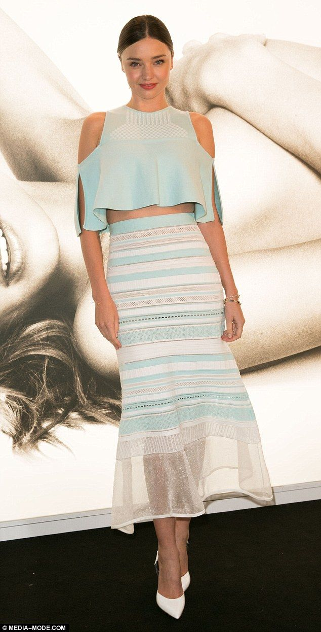Miranda Kerr Is Stunning At Koraanics Popup Store Appearance