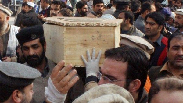 Ejercito de Pakistán mata decenas de militantes del Talibán tras matanza en escuela
