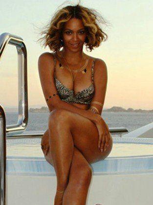 Beyonce Bikini Photos Reign Over Tumblr Crush Baby Rumors
