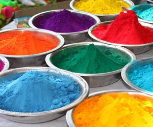 Le qualità dei colori in relazione alle qualità dei Dosha. Medicina Ayurveda salute naturale.