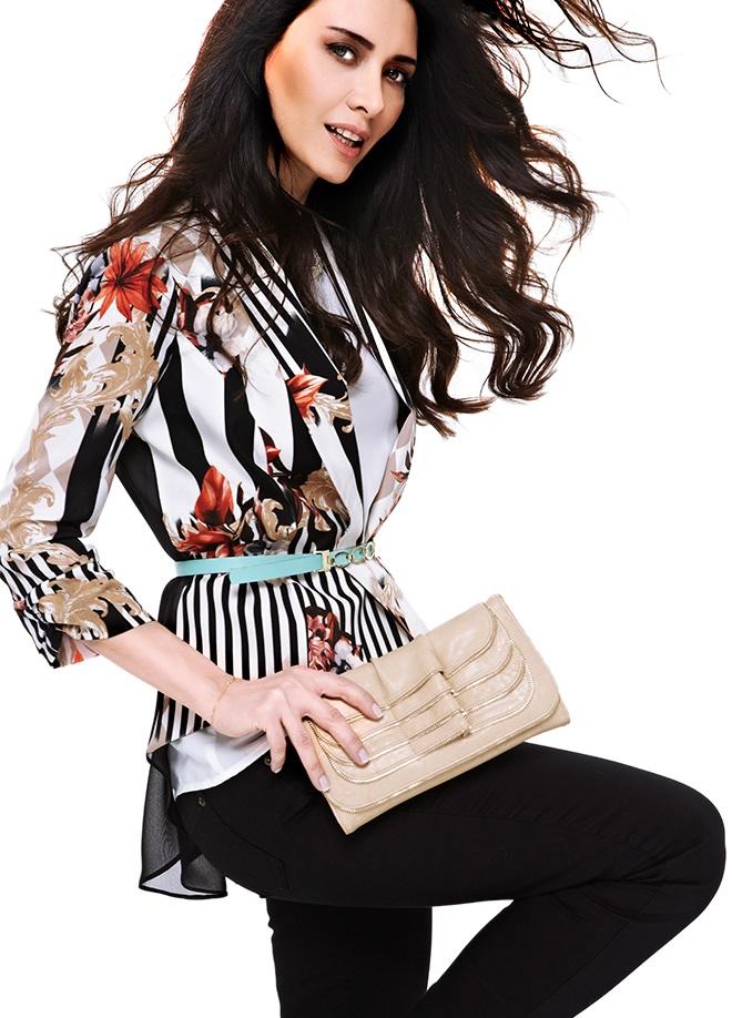 Giselle Ceket Markafonide 179,90 TL yerine 89,99 TL! Satın almak için: http://www.markafoni.com/product/3694063/