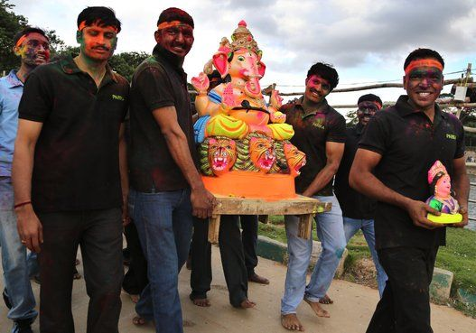 Ganesh Chaturthi 2014: Celebrating Lord Ganesha's Birthday (PHOTOS)