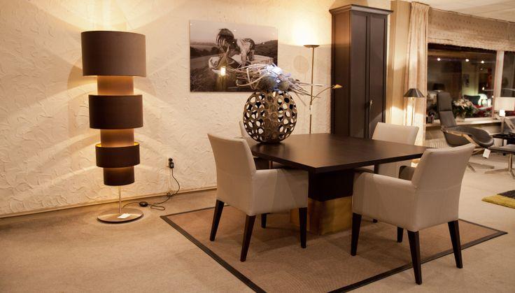 Eetkamertafel nota bene kast plot van rossum meubelen te for Eurlings interieur