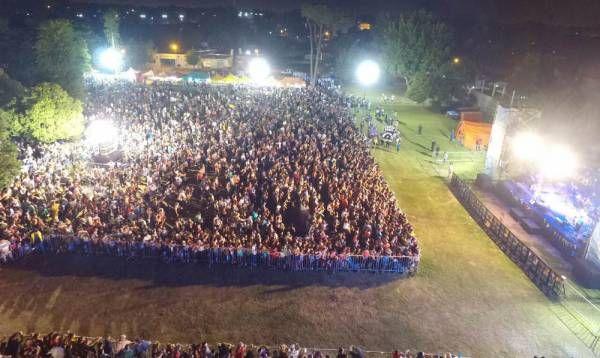 Más de 20 mil vecinos en la tercera noche del carnaval de San Miguel