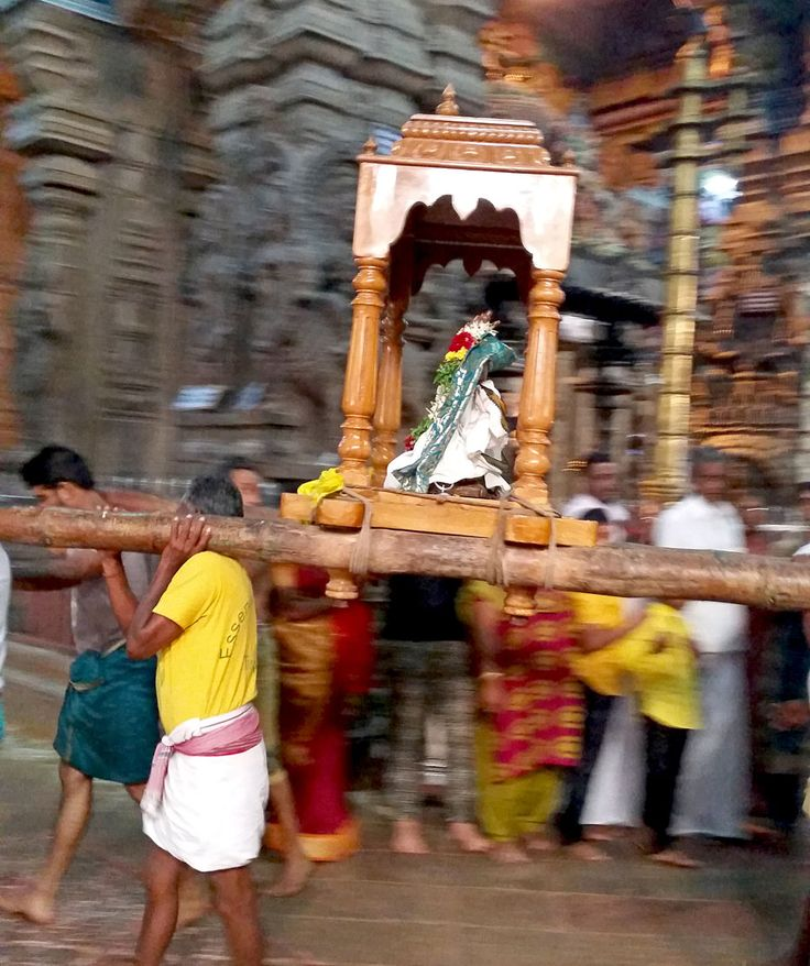 Temple ceremony, Sri Meenakshi, Madurai