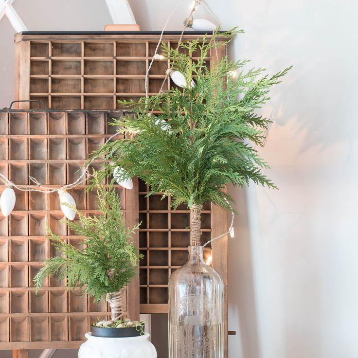 DIY cedar topiaries - Christmas greenery - Vin'yet Etc.Vin'yet Etc.