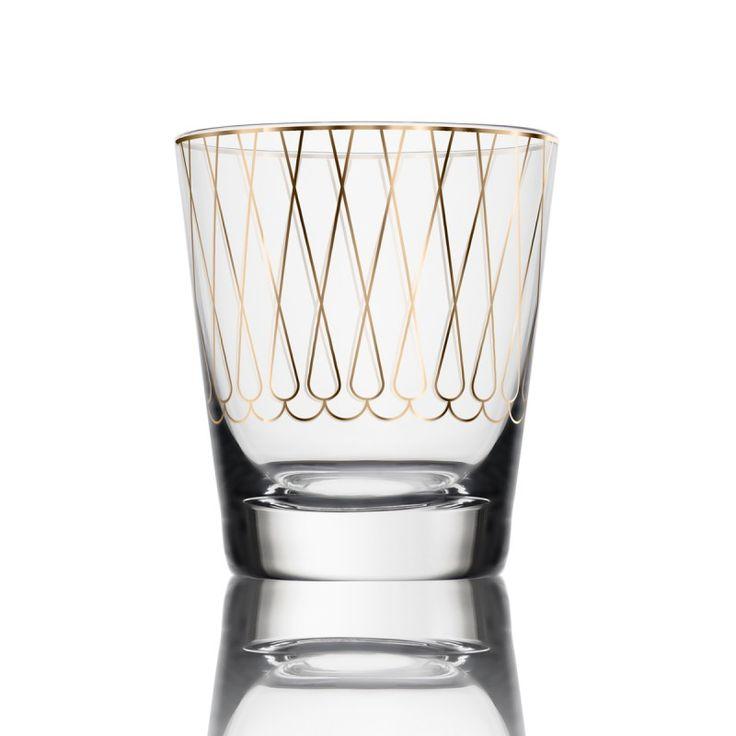 ŚWIECZNIK NA TEALIGHT POZŁACANY Ręcznie dmuchany, zdobiony 24-karatowym złotem świecznik, sprawdzi się w zestawieniu ze świecami typu tealight. Ozdobiony delikatnym wzorem, będzie wyjątkową dekoracją każdego wnętrza.