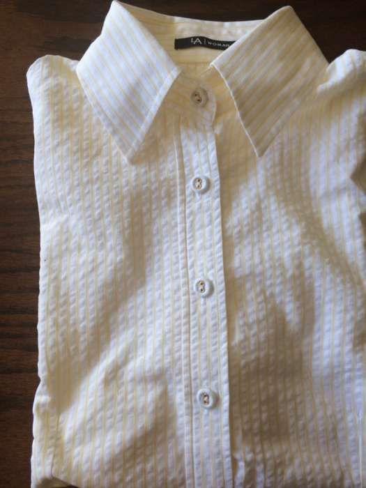 10 €: Camiseiro camisa Nova Lanidor Tam.L riscas amarelo Nova. Cintada. Botões forrados. Fabrico Portugal