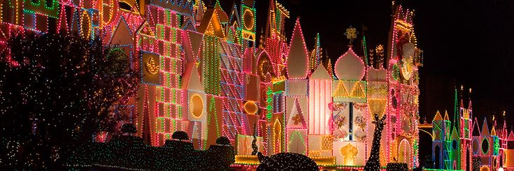 QUIZ:  How Well Do You Know Holidays at the Disneyland Resort?  Click this pin to take the quiz.  For more Disneyland information, see: http://www.disneywebcontent.com/?msid=22688