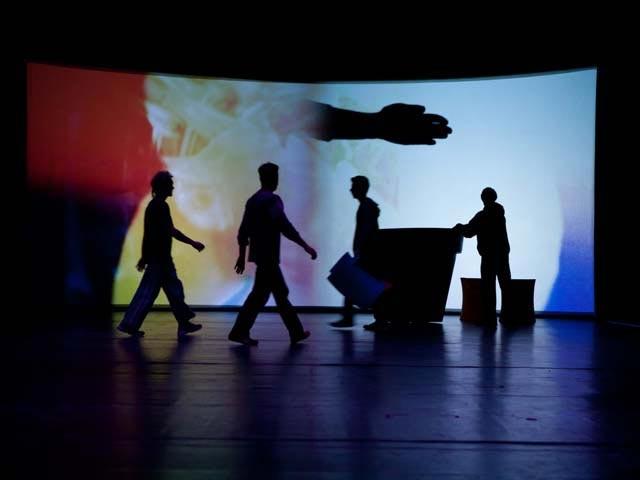 Design Dance backstage