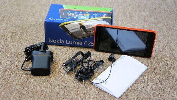 Experience with Nokia Lumia 625 Windows Phone 8