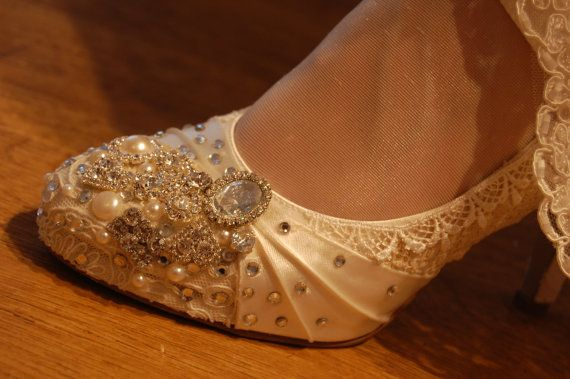 TWINKLE TOES wedding shoes vintage lace