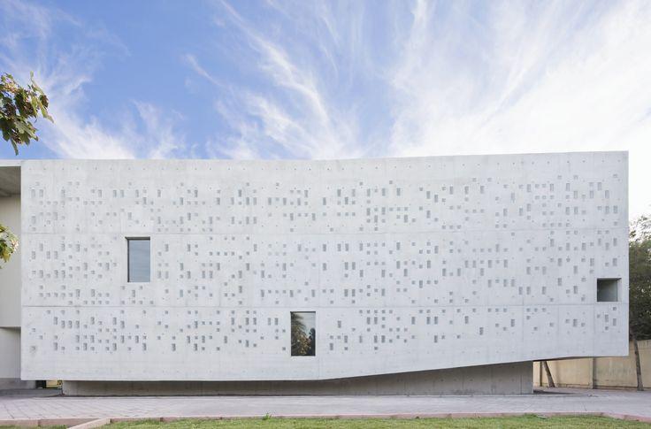 Galería - MEMORIAL DE LA SOLIDARIDAD SAN ALBERTO HURTADO / Undurraga Devés Arquitectos - 01