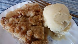 Bake something Saturday: Making apple pie when Stayman apples aren't in season