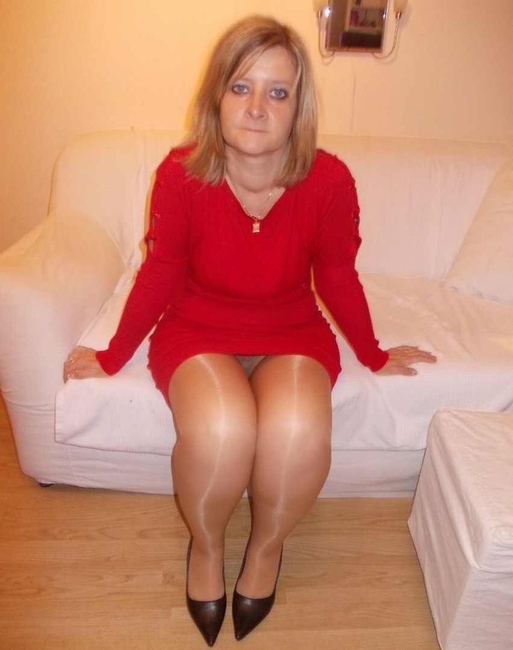 Matures And Pantyhose Horny 76