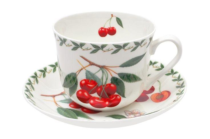 Чашка с блюдцем из костяного фарфора «Вишня» в подарочной упаковке      Бренд: Maxwell & Williams (Австралия);   Страна производства: Китай;   Материал: костяной фарфор;   Объем чашки: 480 мл;          #bonechine #chine #diningset #teaset #костяной #фарфор #обеденный #сервиз #посуда  #обеденныйсервиз #чайныйсервиз #чайный  #чашка #кружка #набор #сервировка #cup #mug #set #serving #tea #чай