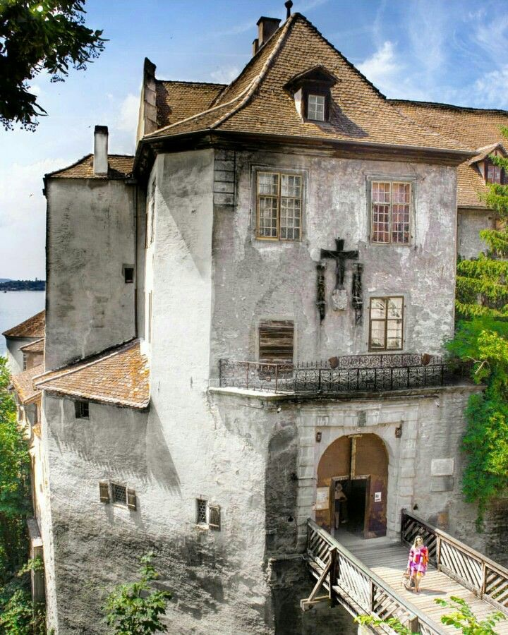 """Castle located in Meersburg next to the lake """"Bodensee"""" . A wonderful medieval city full of history"""