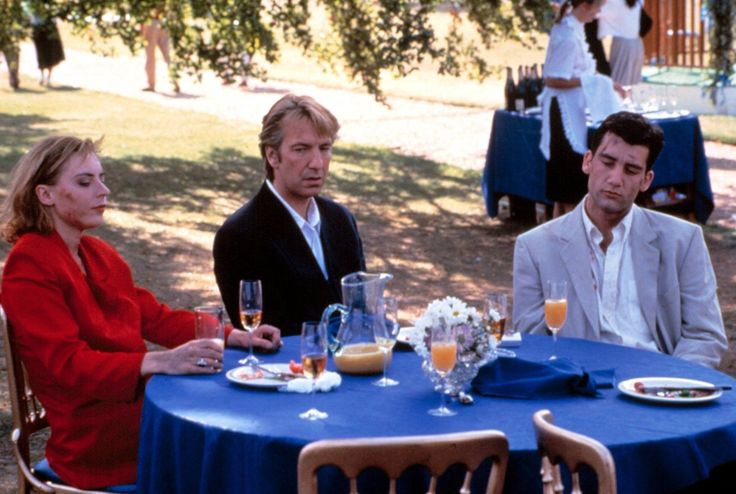 """Alan Rickman as Sinclair Bryant (center) in """"Close My Eyes"""" with Saskia Reeves (left) and Clive Owen (right) 1991"""