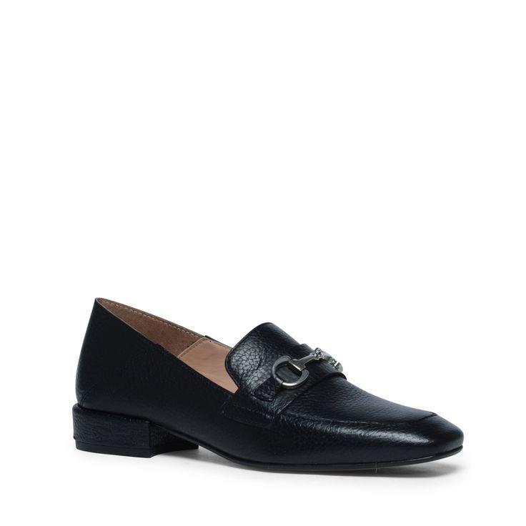 Zwarte bit loafers met hakje  Description: Zwarte loafers zijn onmisbaar in uw schoenencollectie! Deze zwarte loafers van het merk Manfield hebben een binnen- en buitenzijde van leer. Het metalen detail op de wreef maakt de loafers helemaal af! De maat valt normaal en de hakhoogte is 25 cm gemeten vanaf de hiel.  Price: 89.99  Meer informatie  #manfield