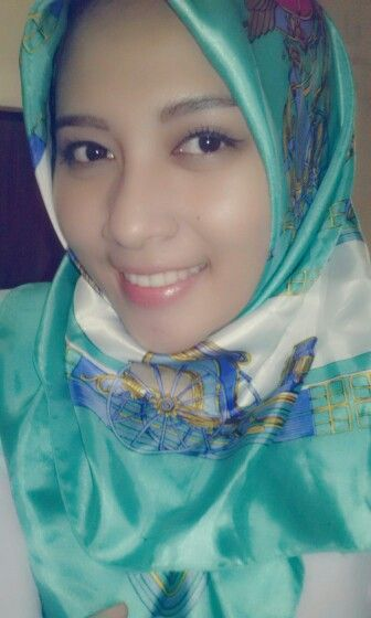 tosca scraf hijab
