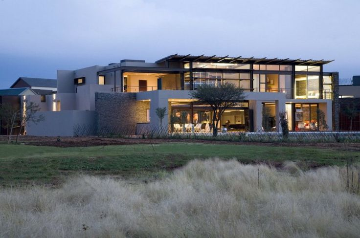 Serengeti House, a Modern Residence in South Africa