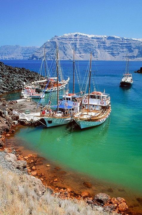 Nea Kameni - Santorini, Greece - boat tour to the volcano!
