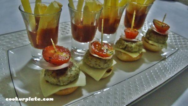 gourmet mini_burgers_and_fries 4