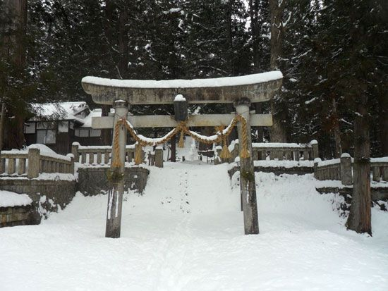 Shrine in Habuba, Japan  http://www.cheapojapan.com/cheap-snowboarding-and-amazing-mountains-hakuba-report/ #travel #holiday #snow #ski #snowboard