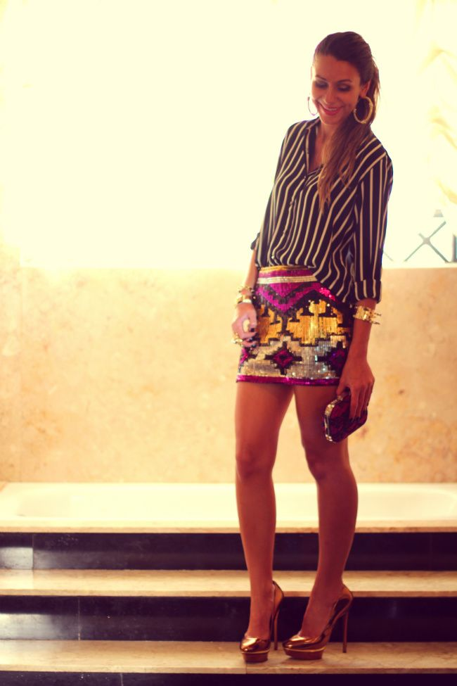 #fashion #fashionista Vanessa bianco nero fantasia Camisa listrada e saia de paetê | Decor e Salto Alto