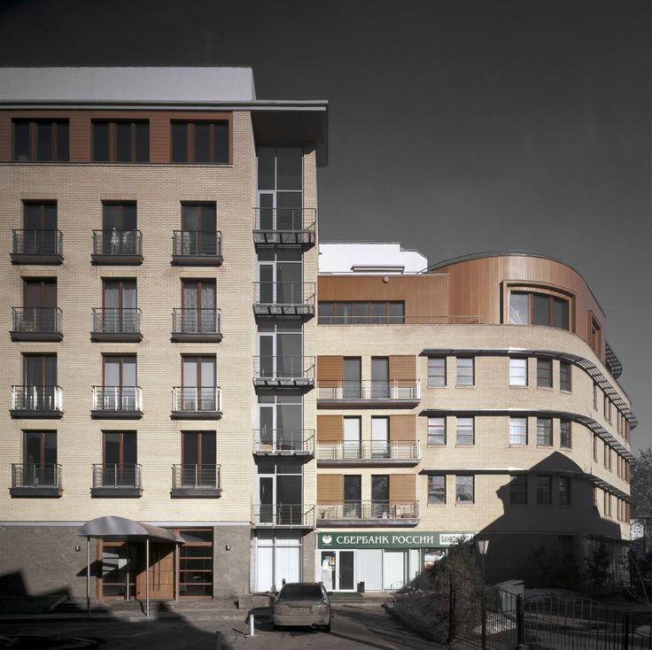 Жилищно-коммерческий комплекс на улице Большая Полянка : Sergey Skuratov Architects