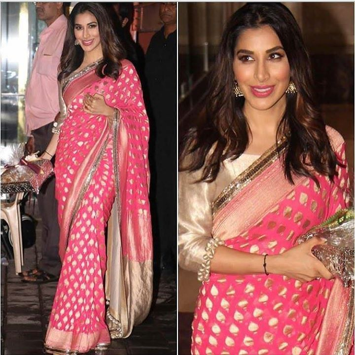@sophiechoudry in @manishmalhotra05 saree ## #instylediaries #instastyle #fashion #fashionista #fashionblogger #celebrityfashion #celebstyle #beauty #fashiondesigner #fashionbloggers #style #stylist #bollywoodfashion #indianfashion #love #amazing #sm