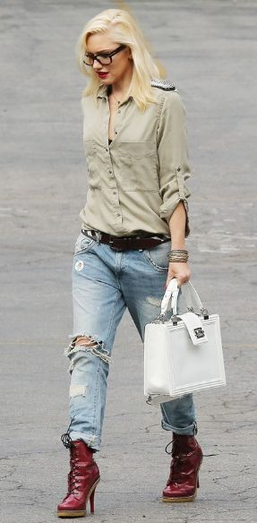 Simple look... easy to do with all of our great basics here! And... Gwen Stefani is just amazing!