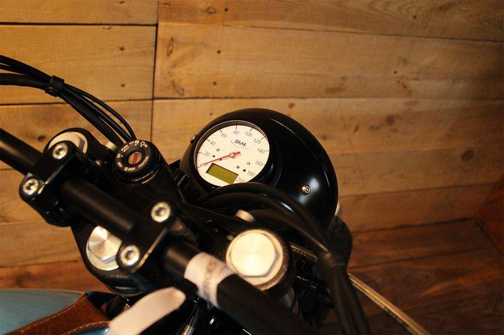 Phare compteur intégré Moto Guzzi V7