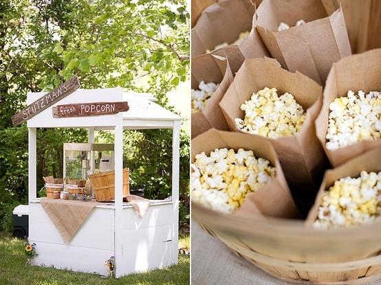 Pon Corners de Palomitas y Algodón dulce vintage en tu boda...