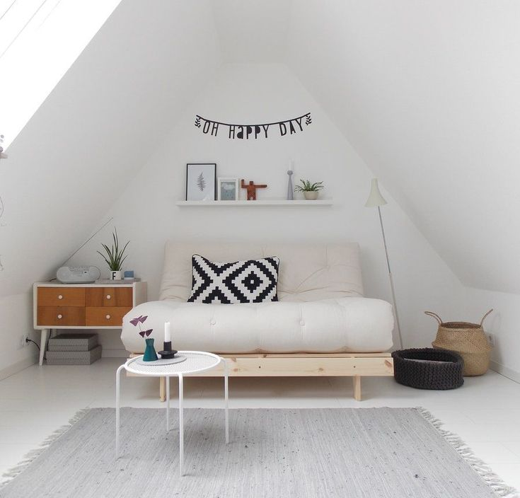 Fabelhaft flexibel – praktische Stühle, Tische und Sofas für kleine Räume