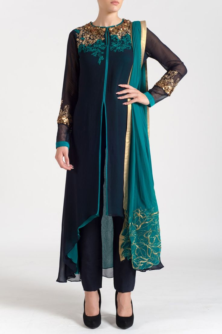 This asymmetrical, double-layered kurta featuring zardozi embroidery on the…