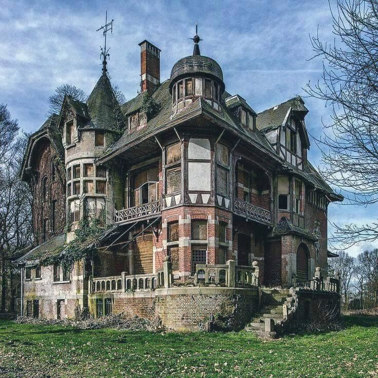 An Abandoned Victorian Mansion In Belgium