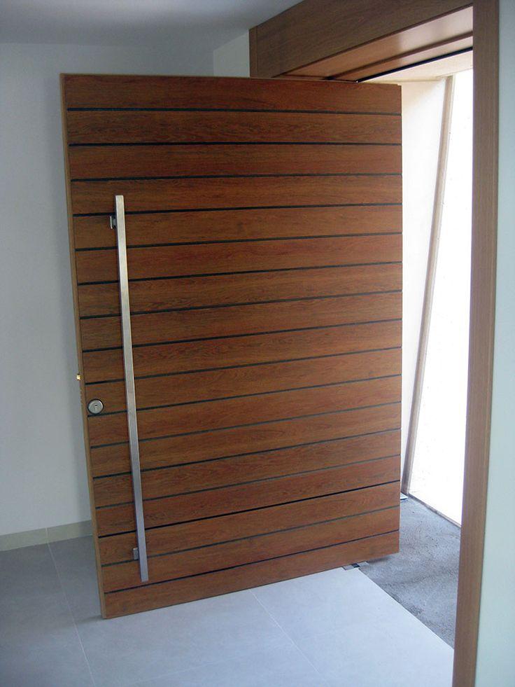 M s de 25 ideas incre bles sobre puertas pivotantes en - Puertas de madera entrada principal ...