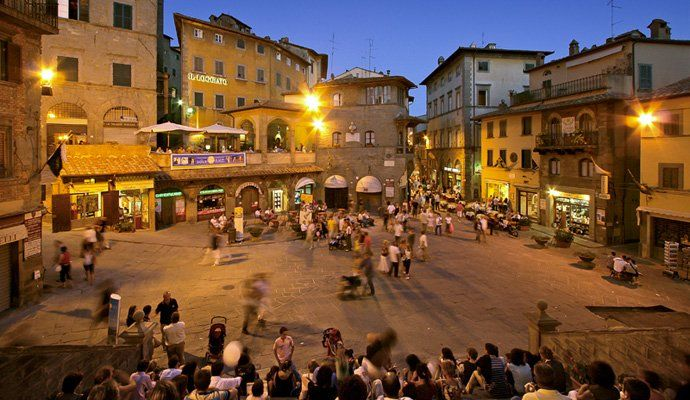 Cortona the jewel of Tuscany, a kind and convenient base for exploring the surrounding areas. 👌   #travel #traveling #beaches #vacations #fun #sun #ocean #tropical #nature #island #traveler #hotel #luxuryhotel #trips #travelnews #holidays
