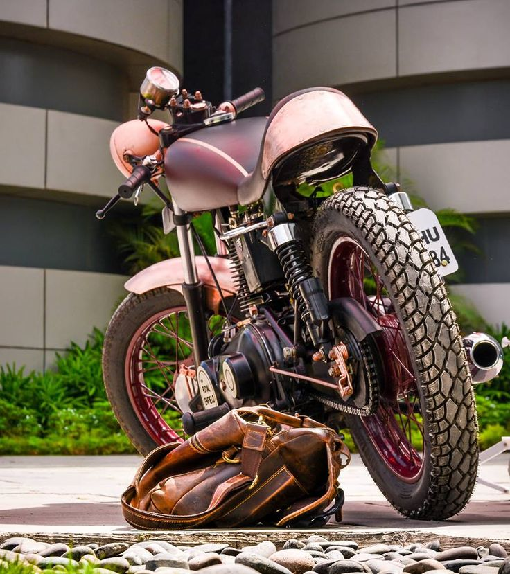 Steampunk inspired Royal Enfield Cafe Racer modification by Gage Design