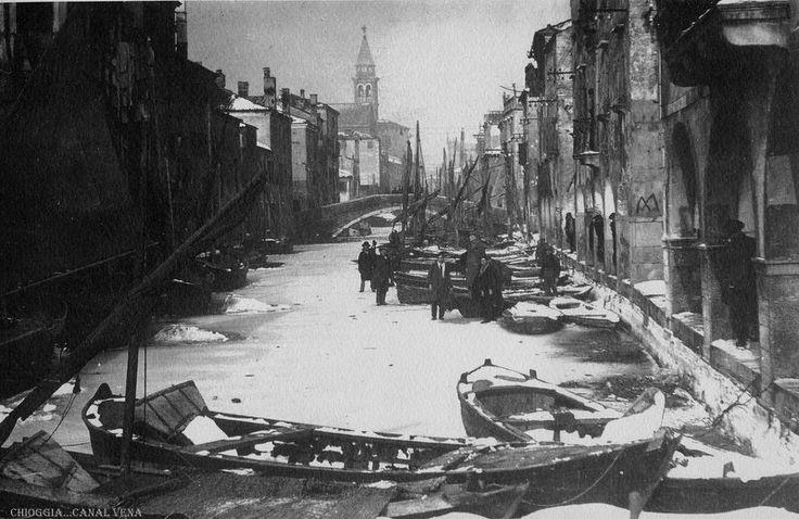 #1929#Venezia#Laguna#gelo#freddo#Mestre #winter #Europe #Tonus #spectacle #lagoon #Venice #Gondolas  #ice #Frozen #amazing #Chioggia
