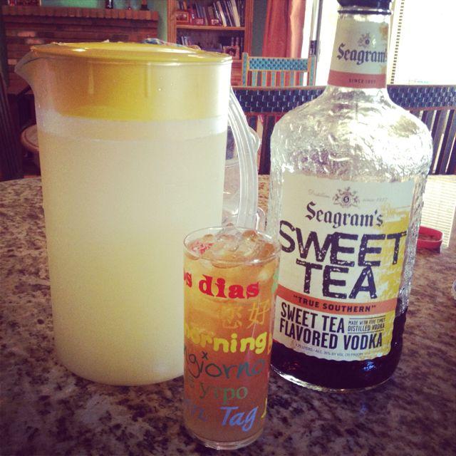 The greatest summer drink. Alcoholic Arnold Palmer. 1 part sweet tea vodka, 2 or 3 parts lemonade depending on your preference! Num num num.