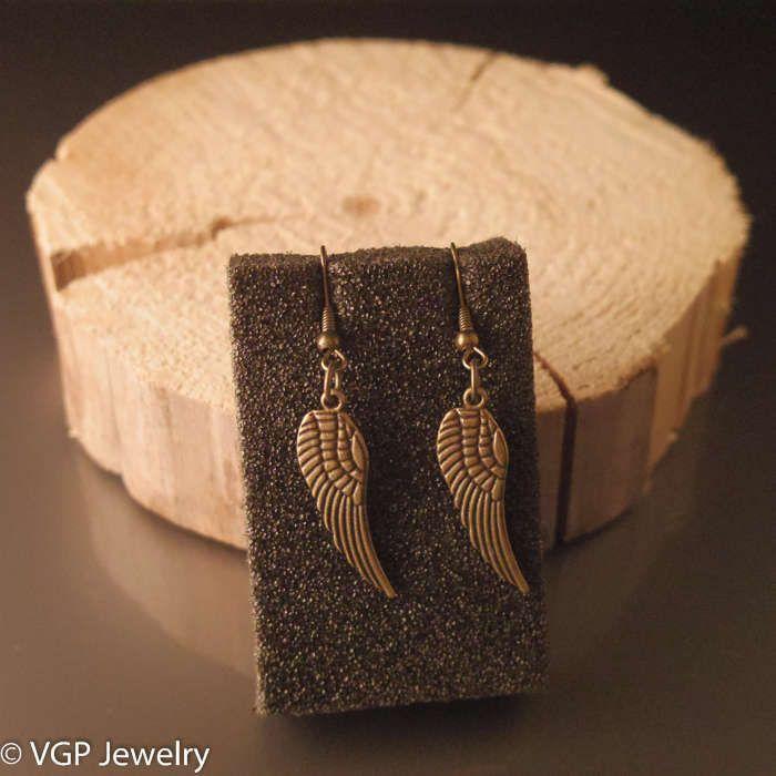 Stoere Vleugel Oorbellen: brons