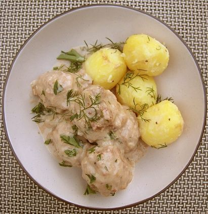 Swedish Meatballs with Buttered Boiled Potatoes: ts by chuups, via Flickr