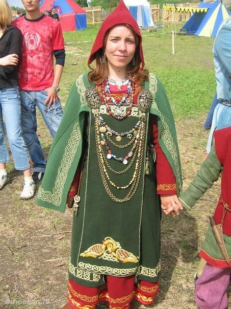 Extensive collection of Embroidery finds: viking garb and russian garb